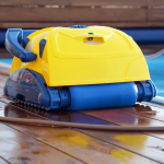 The 10 Best Robotic Pool Cleaners Reviews & Guide 2019