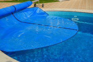 Buying Guide and Reviews of the Best Pool Cover for 2018