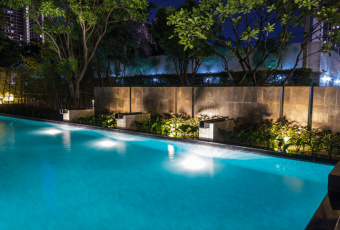 9 Best LED Pool Light: Buying Guide and Reviews for 2018