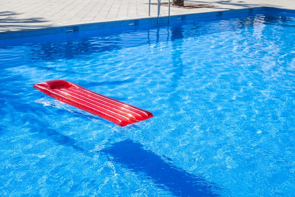 7 Best Pool Loungers Reviews 2019 & Top Pick - Pool Done