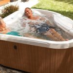 Top 5 Best 2 Person Hot Tub Reviews 2019 and Guides