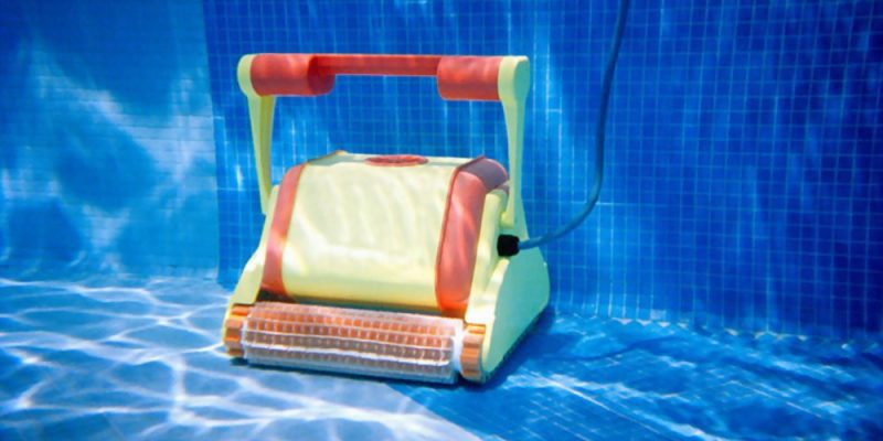 Robotic Pool Cleaners for Vinyl Pools