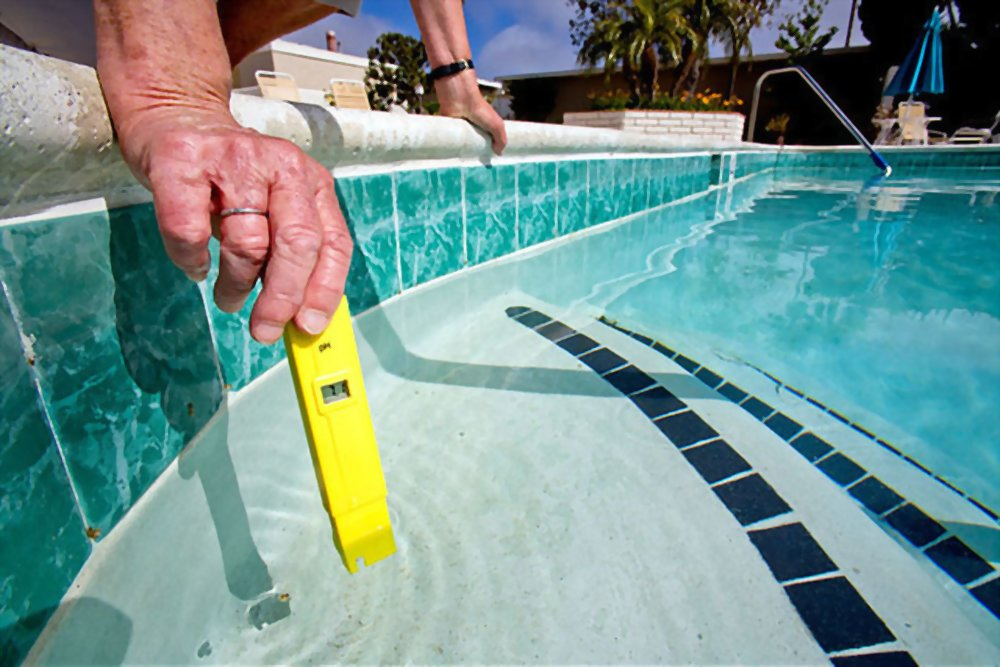 Digital Pool Water Tester